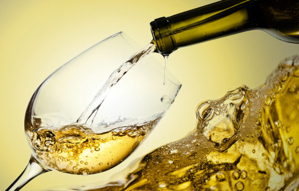 Weißwein aus der der Region Apulien